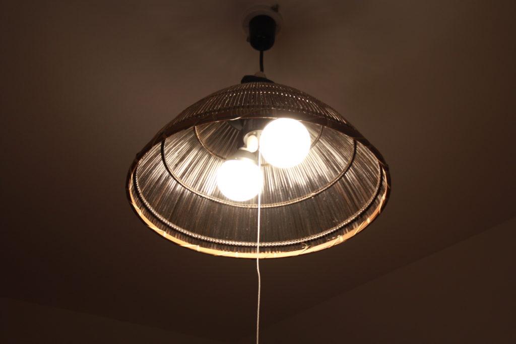 私の部屋の電気
